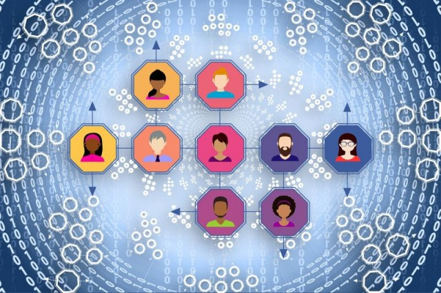 networks-3017395_1920_pixabay